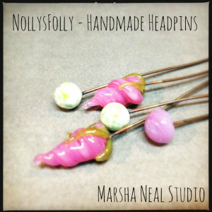 Lovely garden headpins by Nolly in my stash.
